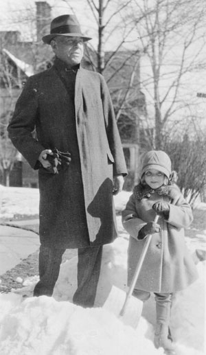 Wallace Stevens and Holly near their Farmington Avenue apartment, 1929.